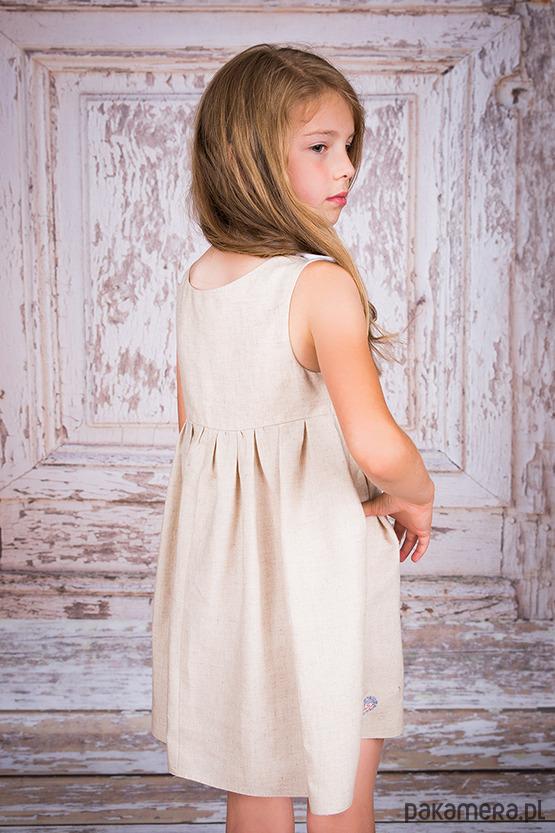 d168ad6f65 Sukienka Lniana dla dziewczynki Projekt ASz Sukienka Lniana dla dziewczynki  Projekt ASz ...