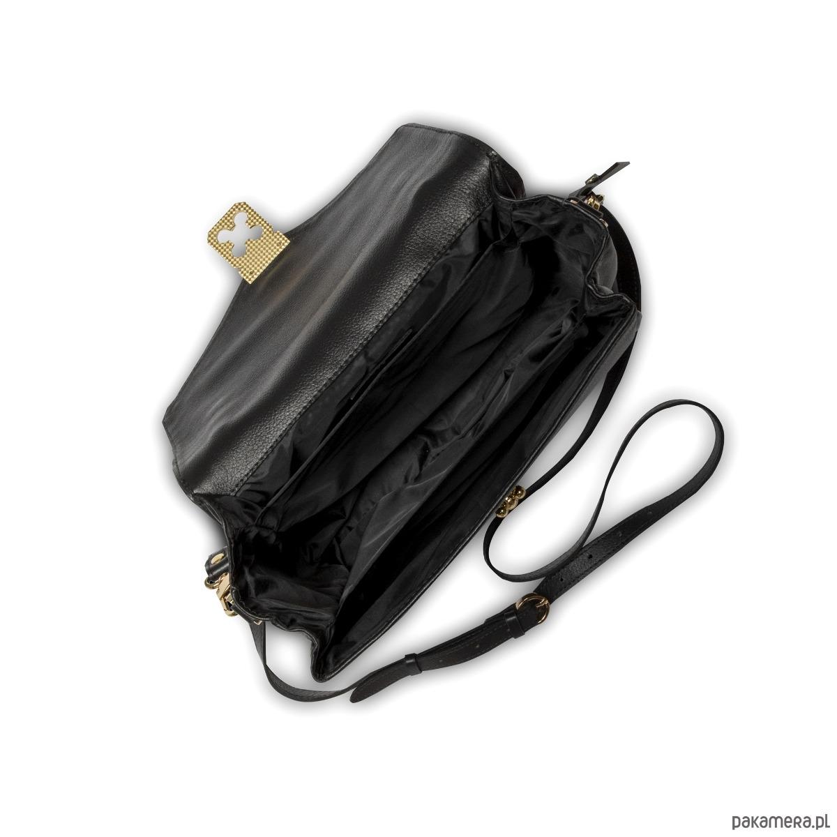 3be80ec1f0475 Skórzana torebka czarna złote dodatki Alessandra Skórzana torebka czarna  złote dodatki Alessandra ...