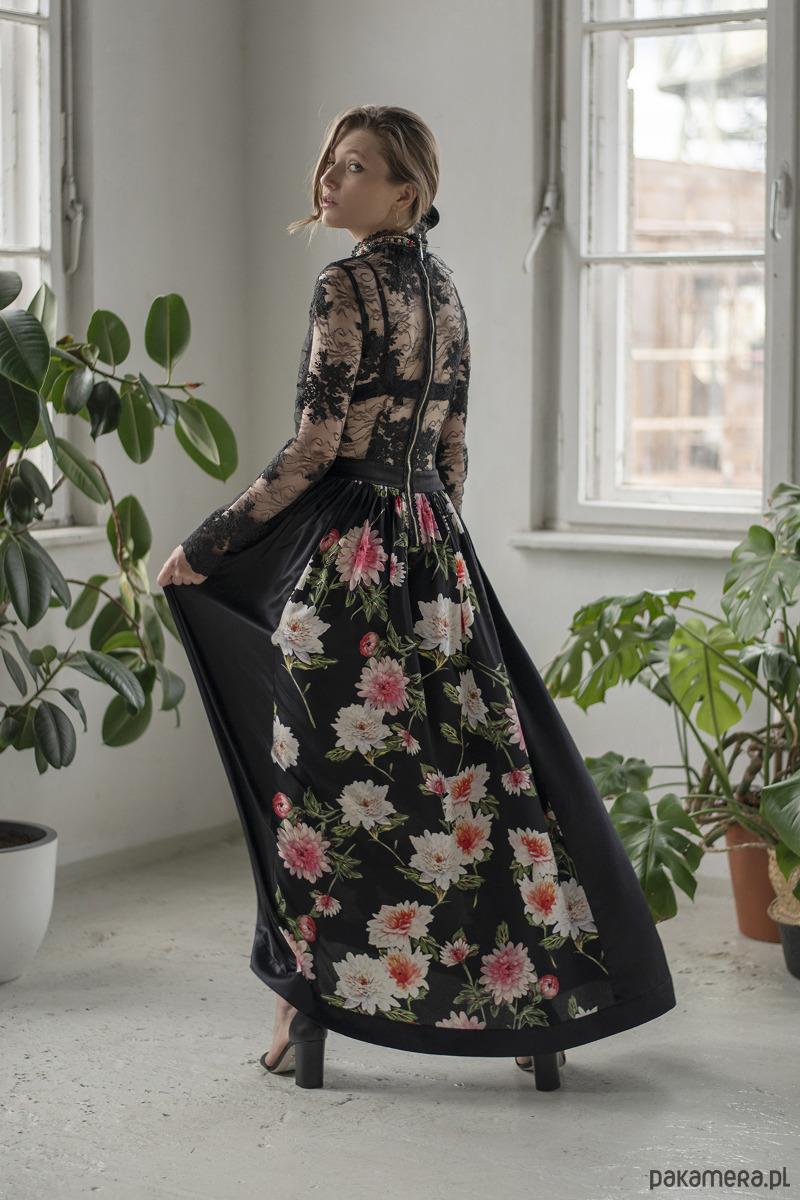 Sukienka Moss - Nude - sukienki - midi - Pakamera.pl