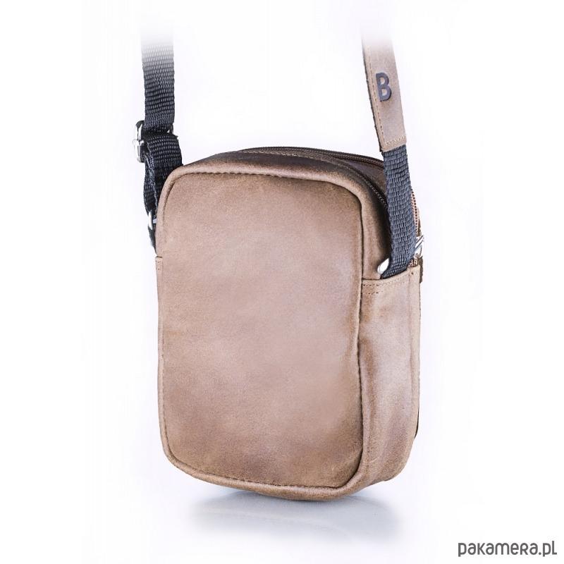 7f113249b7615 Jasnobrązowa torba listonoszka na ramię - akcesoria - torby i nerki ...