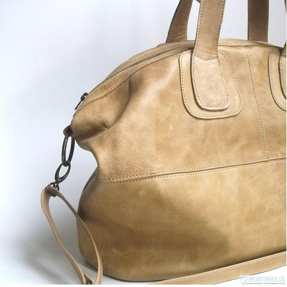 97f3242dd6955 Duża skórzana kamelowa torba - torby na ramię - damskie - Pakamera.pl