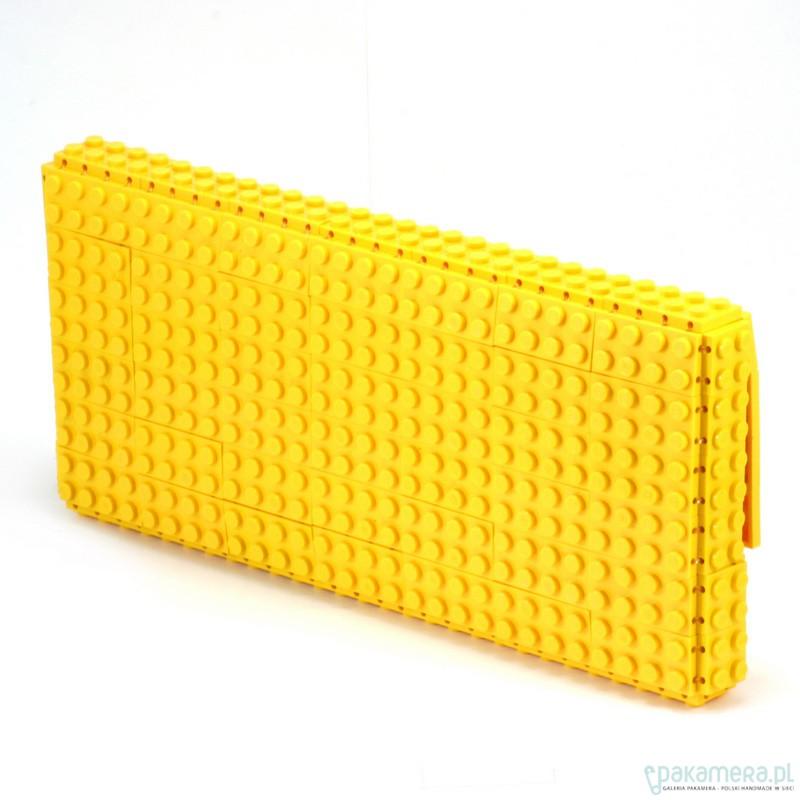 df0658401d203 Żółta torebka kopertówka z klocków LEGO® - kopertówki - Pakamera.pl