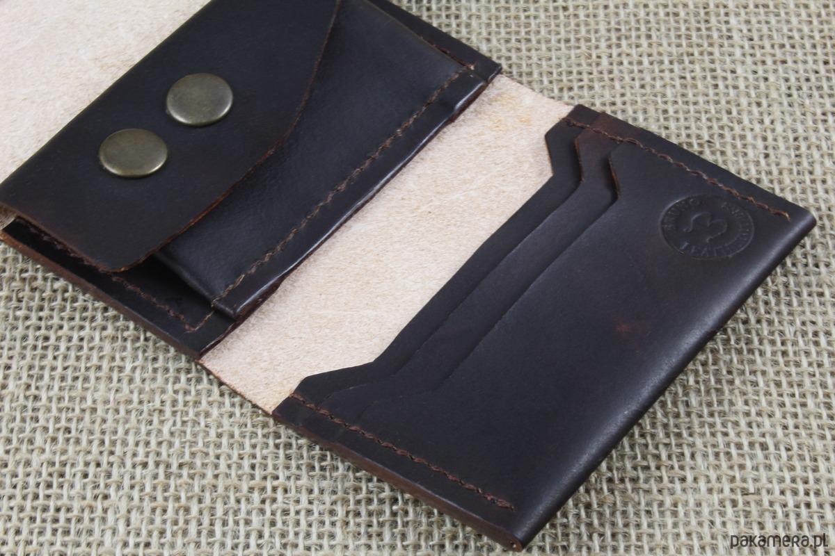 45ff443894dc3 Składany skórzany portfel Składany skórzany portfel Składany skórzany  portfel ...